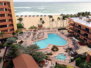 Pompano Beach Condo Rentals - Outdoor Pool and Hot Tub